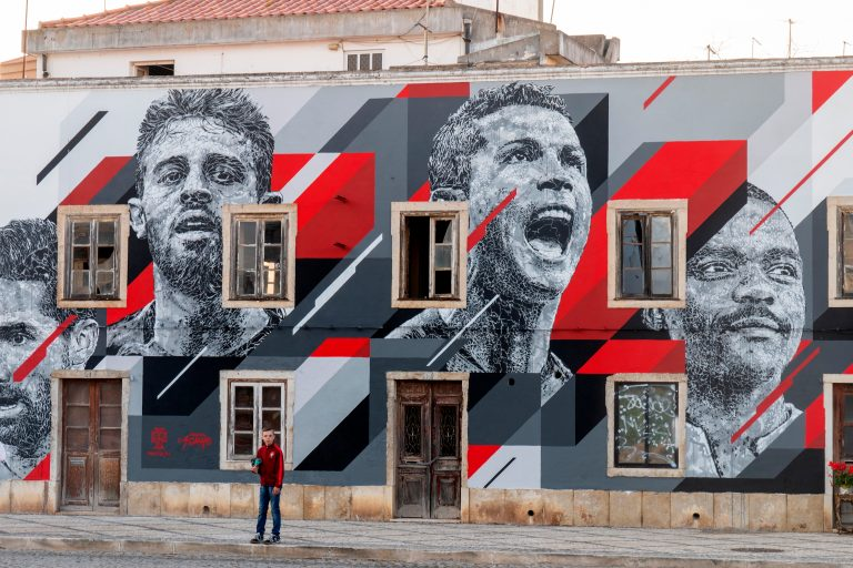 Cool mural near cocreate coworking for algarve artists