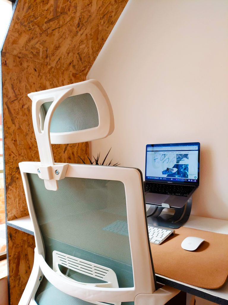 great chairs at cowork portimao